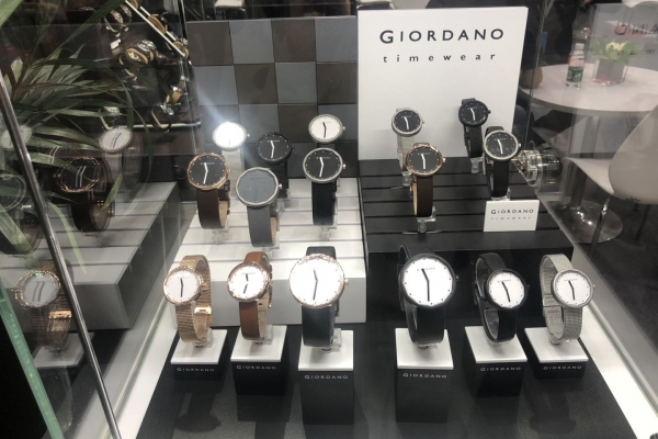 GIORDANO表展示道具